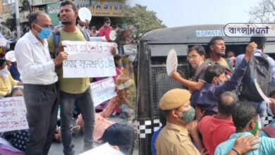 Photo of 'প্রতিশ্রুতি নয় ফলশ্রুতি চাই'- মুখ্যমন্ত্রীর বাড়ির এলকায় বিক্ষোভ চাকরি প্রার্থীদের