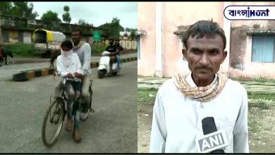 Photo of ছেলের পরীক্ষা, ১০৫ কিলোমিটার সাইকেল চালিয়ে পৌঁছে দিল শ্রমিক বাবা