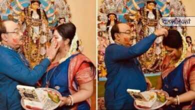 Photo of মা দূর্গাকে সাক্ষী রেখে বৈশাখীর সিঁথিতে সিঁদুর তুলে দিলেন শোভন, অধ্যাপিকা বললেন, 'স্বীকৃতির অভাব কোনোদিন ছিল না'