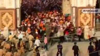 Photo of করোনা আবহে ধর্মীয় সমাবাসে বাধা! পুলিশের উপর আক্রমণ শিখদের