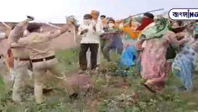 Photo of মৃত করোনা আক্রান্ত, সেই সন্দেহে সৎকারে বাধা, পুলিশ এবং চিকিৎসকদের উপর হালমা চালাল গ্রামবাসীরা